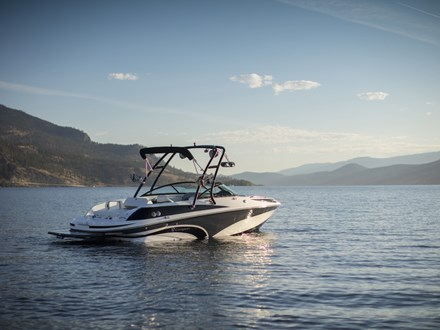Campion Allante 645i BR Watersports Edition (4)